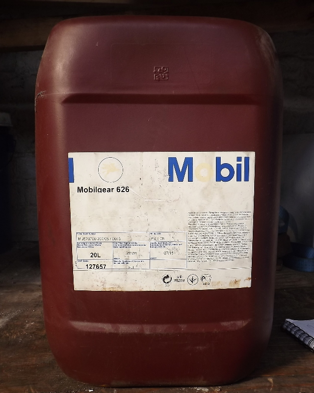 02_Mobilgear-626-Gear-Oil